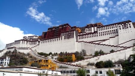 Potala Palace – Tombs of Past Dalai Lamas