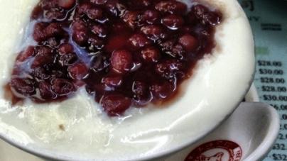 Yee Shun Milk Company – Legendary Steamed Milk, Hong Kong