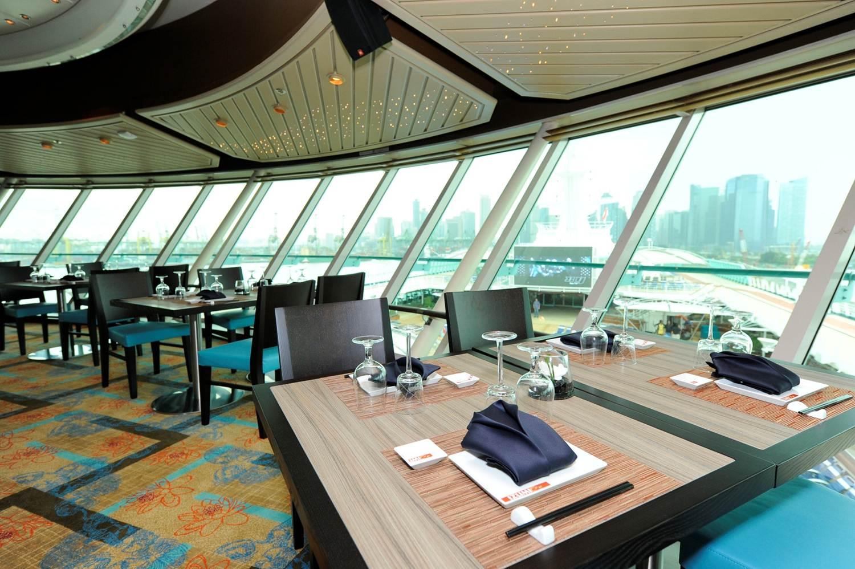 Izumi-Asian-Cuisine-overlooking-the-pool-deck.jpg