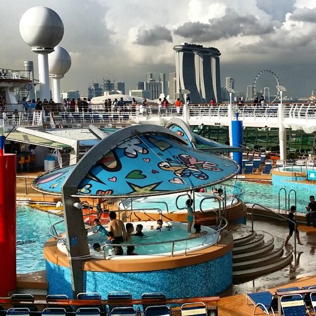 Royal Caribbean Mariner Of The Seas Pools