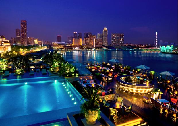 Lantern Roof Top Bar Singapore - AspirantSG