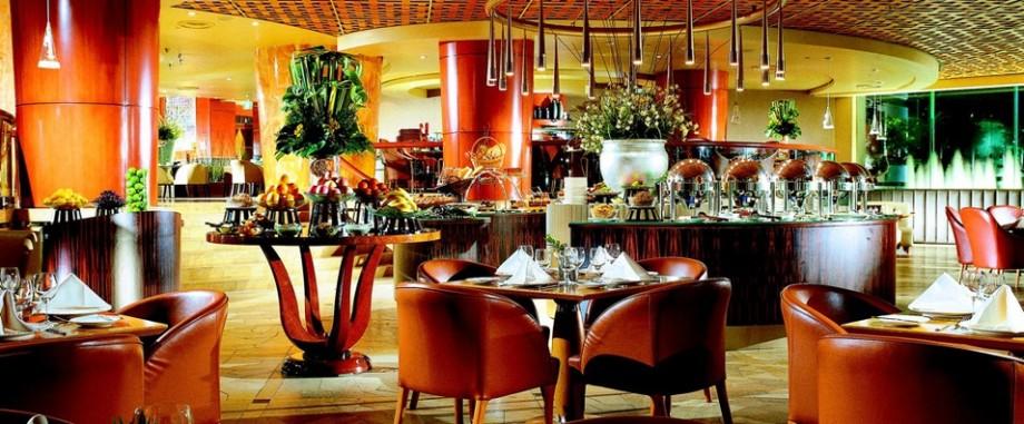 Town Restaurant The Fullerton Hotel Singapore - AspirantSG