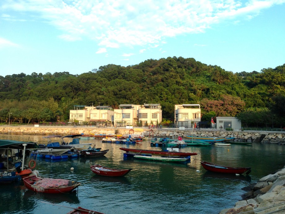 Peaceful View Of Cheung Chau Fishing Village - AspirantSG