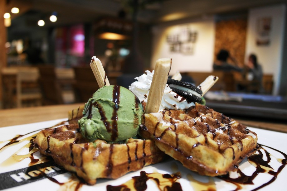 Green Tea Cookie Waffle Homestead Coffee Seoul Korea - AspirantSG