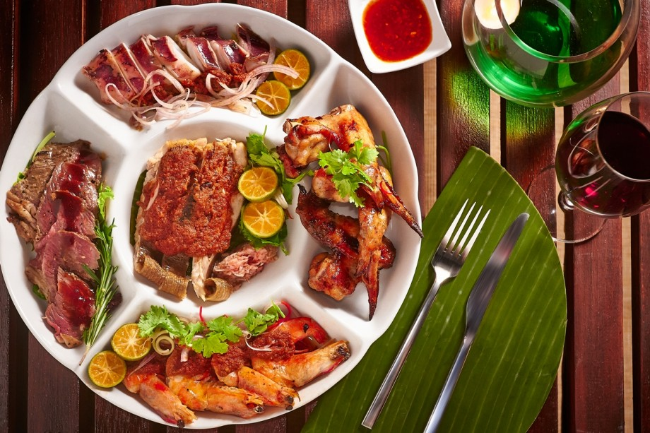 BBQ Seafood and Meat Platter. Photo By Sentosa