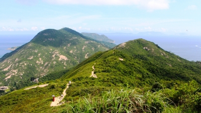 Hong Kong Dragon's Back – The Best Urban Hike in Asia