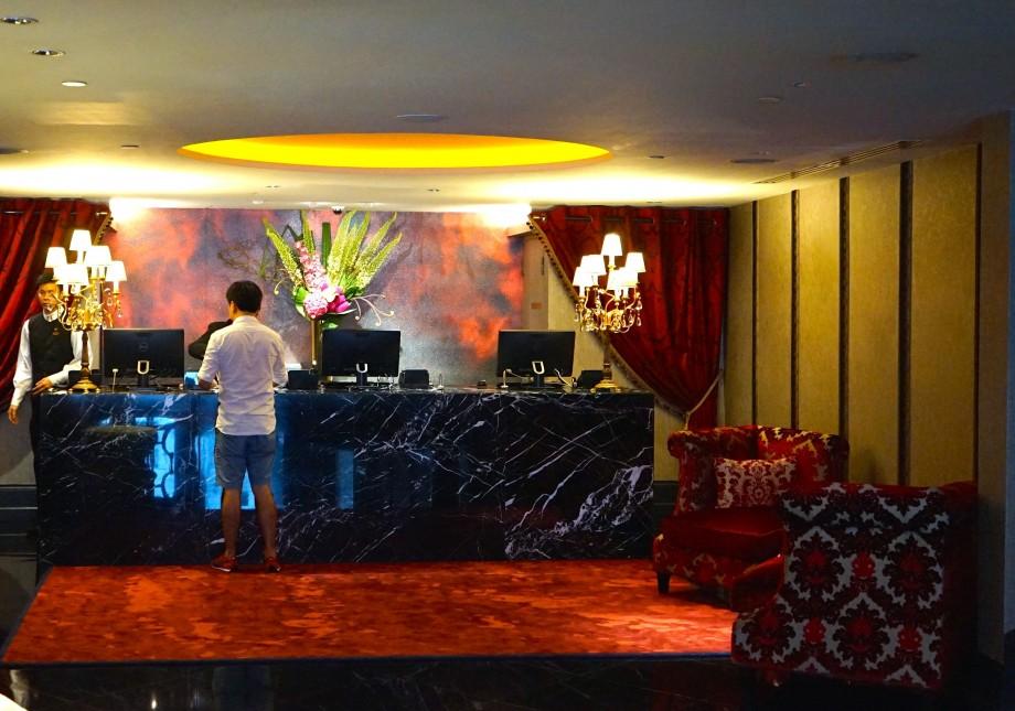 The Scarlet Singapore Hotel Check In Counter - AspirantSG