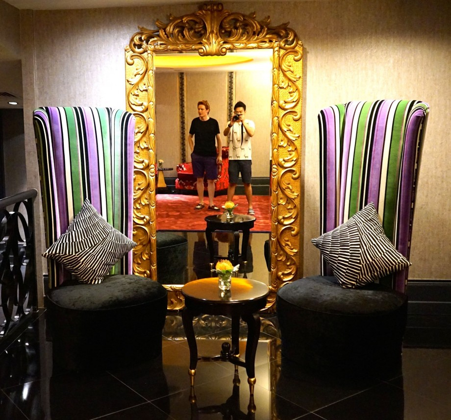 Giant Mirror With Waiting Chairs Scarlet Hotel Singapore - AspirantSG