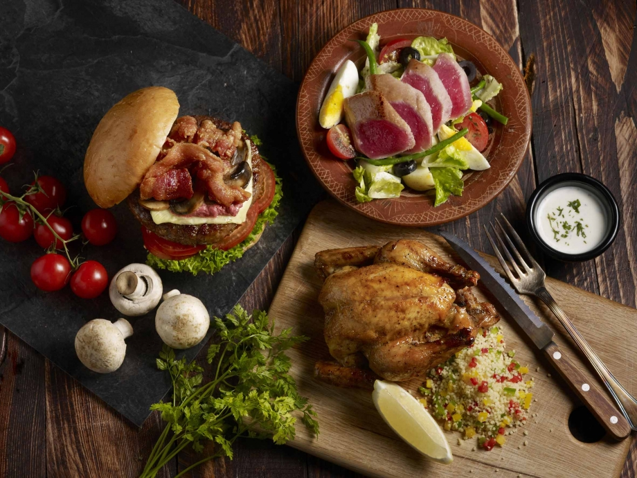 Harry's Jazz Burger, Tuna Nicoise & Moroccan Chicken - AspirantSG