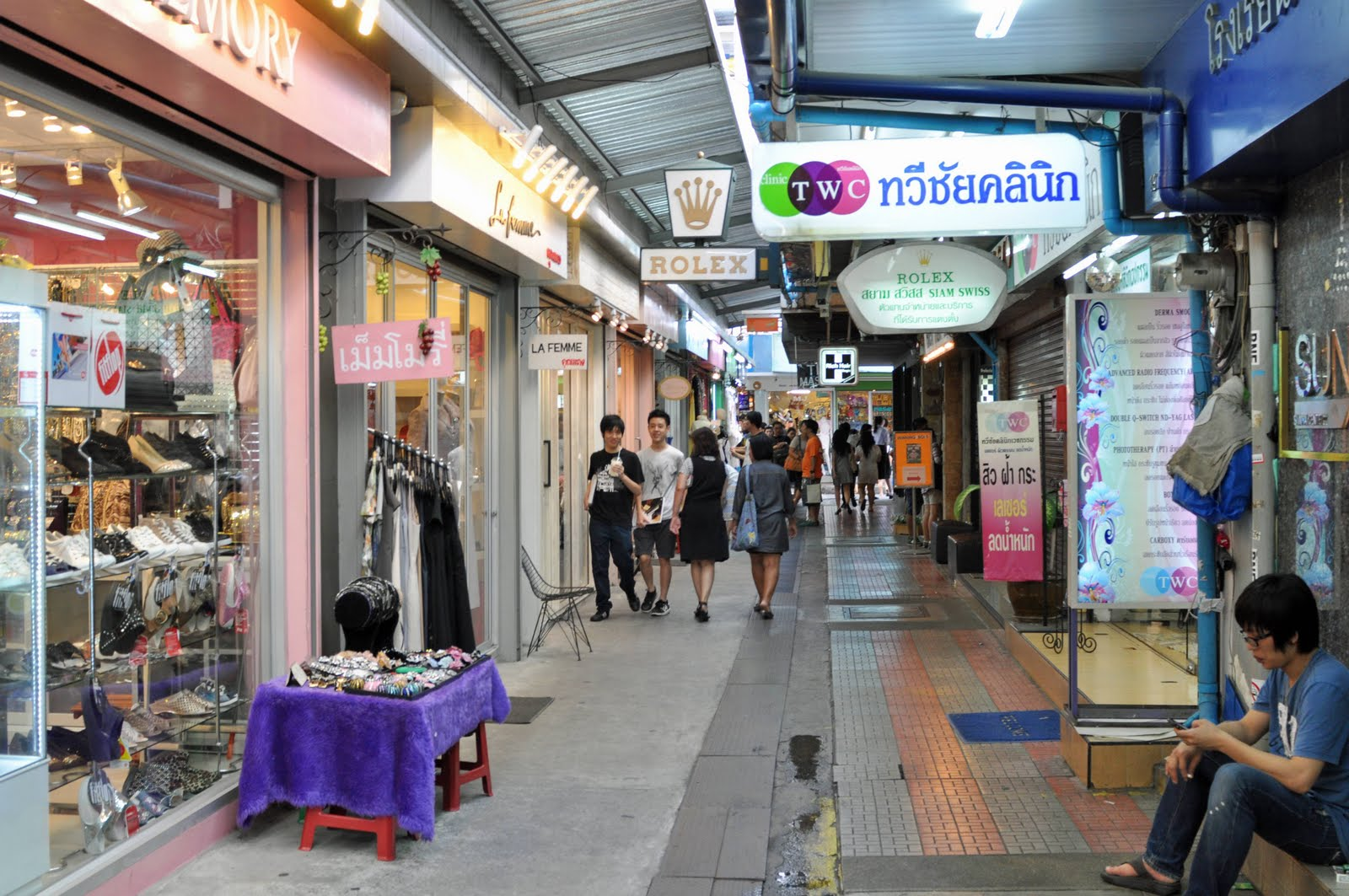 Best Shopping Guide To Top Bangkok Malls Amp Night Markets