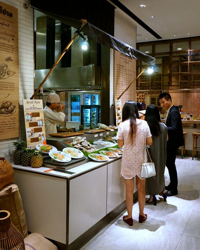 Seafood Food Stall At Eathai Central Embassy - AspirantSG