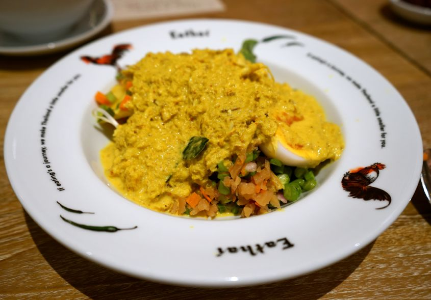 Sea Crab Meat and Crab Roe Southern Yellow Curry  All Mixed Up - AspirantSG