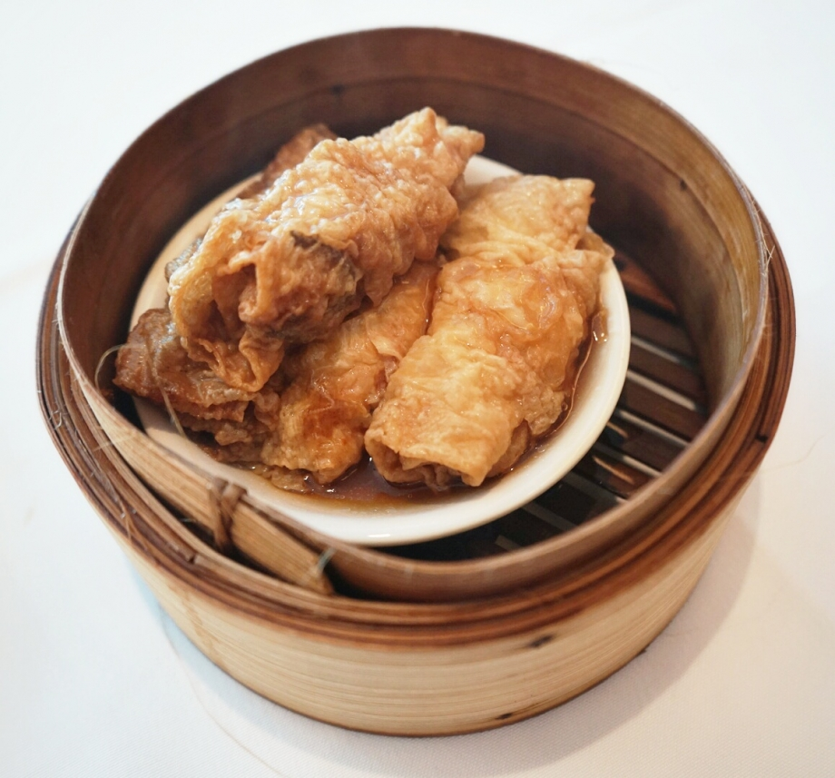 Steamed Bean Skin Roll with Oyster Sauce The Cathay - AspirantSG