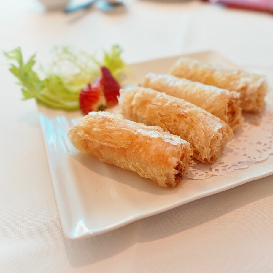 Deep-fried Prawn Roll With Mango The Cathay - AspirantSG