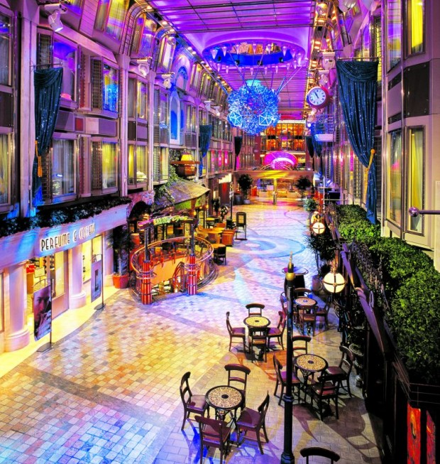 Mariner Of The Seas Shopping Street
