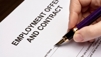 Contract PMEs – The Woes Of 2nd Class Employees In Singapore