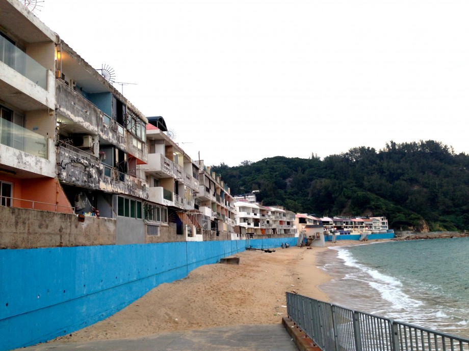 Tung Wan Beach (东湾海滩) - AspirantSG