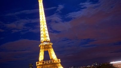 Eiffel Tower (La Tour Eiffel) – Beauty At Dusk, Spring 2014