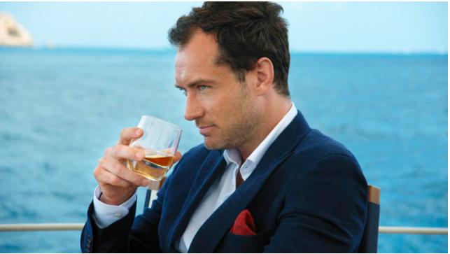 Jude Law In The Gentlemen's Wager - AspirantSG