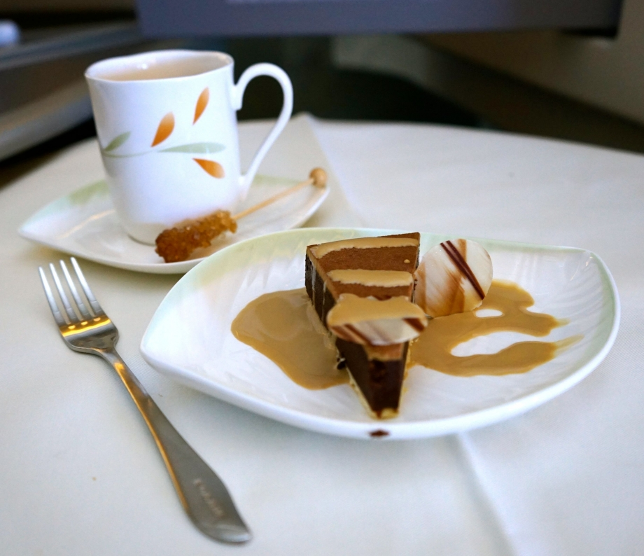 Desserts & Coffee On EVA Air Royal Laurel Class - AspirantSG