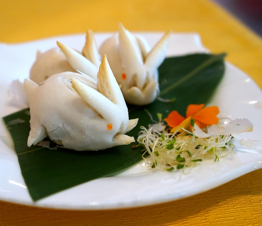 Baked Mini Rabbit Pastry with Lotus Paste - AspirantSG