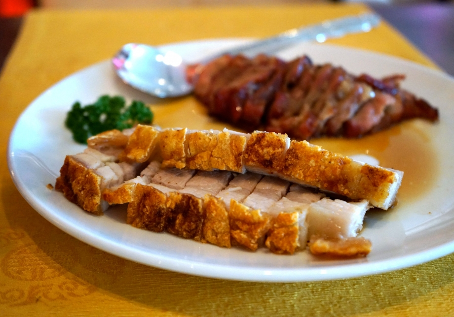 Crispy Skin Roasted Pork & Honey Glazed Barbecued Pork - AspirantSG