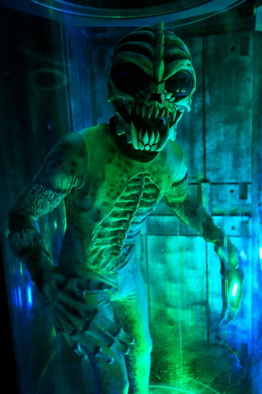 Alien-Humans Hybrid Halloween Horror Nights 4 - AspirantSG