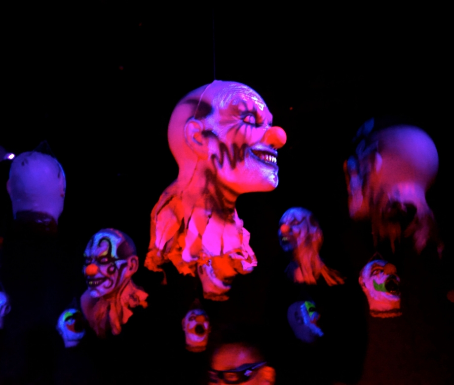 Floating Clown Heads Jack's 3-Dementia Halloween Horror Nights 4 - AspirantSG