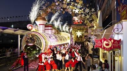 "Starry Christmas Train Station & ""Shaun the Sheep"" @ Harbour City, Hong Kong"