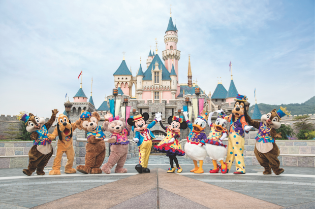 Mickey & Friends Hong Kong Disneyland - AspirantSG