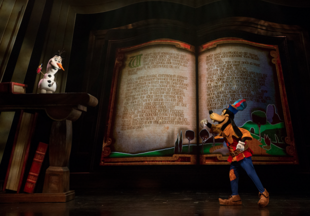 Journey Through A Live Magical Book Hong Kong Disneyland - AspirantSG