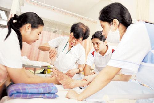 Senior Nurses In Singapore - AspirantSG