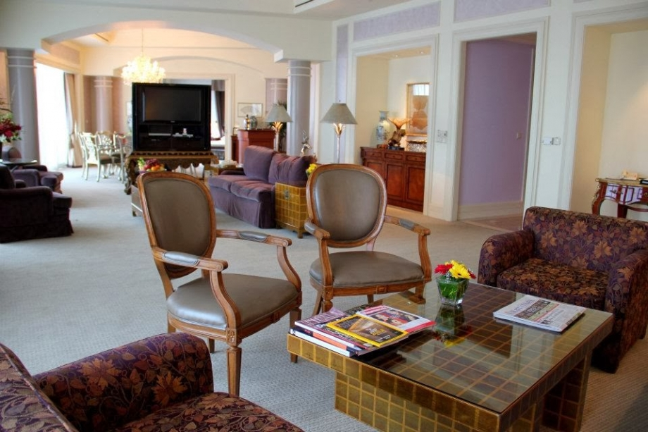 Swissotel The Stamford Singapore Presidential Suite - AspirantSG