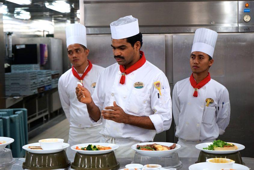 Chef Giving Feedback On Mariner Of The Seas Roya Caribbean - AspirantSG