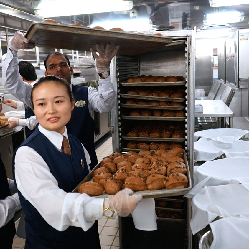 Pastry ready to be served on Mariner Of The Seas Royal Caribbean - AspirantSG