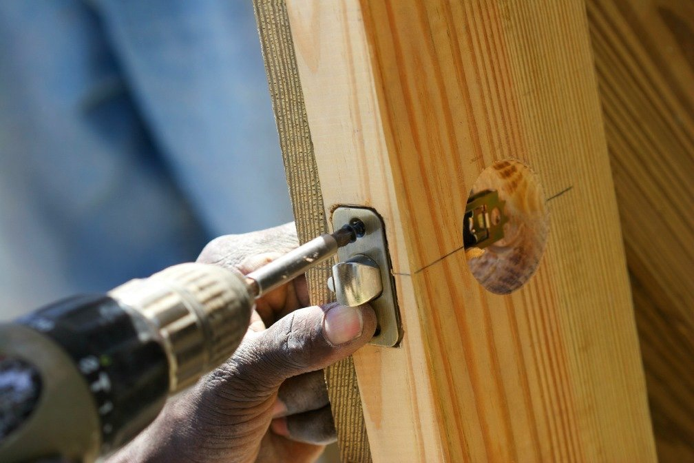 Installing New Doors - AspirantSG