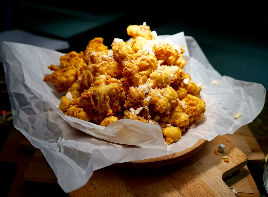 Gobhi Pakora - Deep Fried Cauliflower