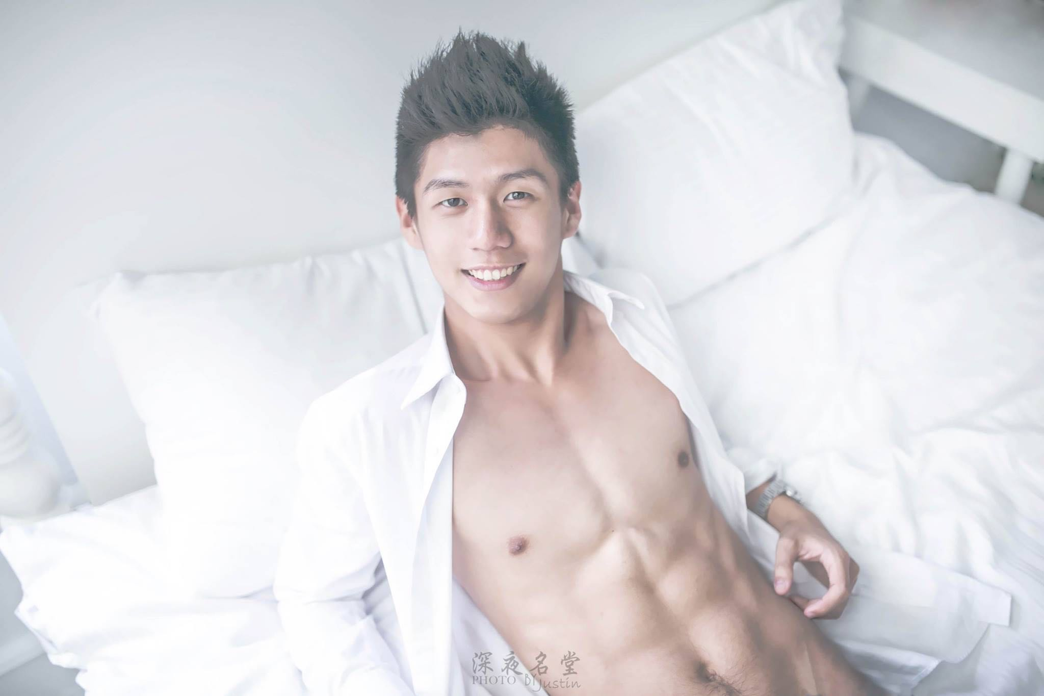 Justin Hsieh Photography In Bed With - AspirantSG