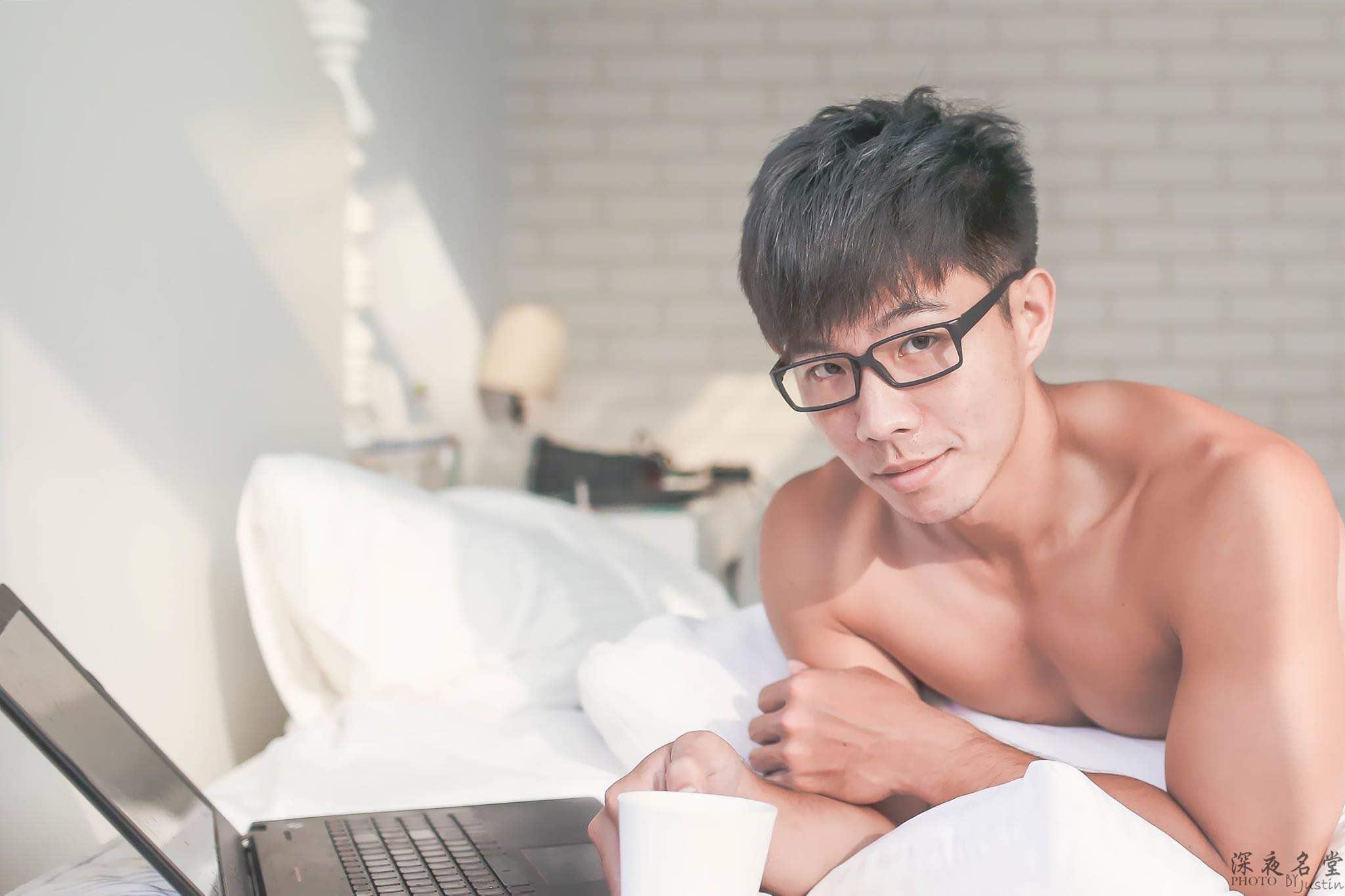 Justin Hsieh Photography Sexy Writer - AspirantSG