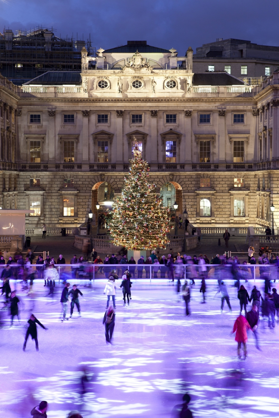 Ice Skate at Somerset House in England - AspirantSG