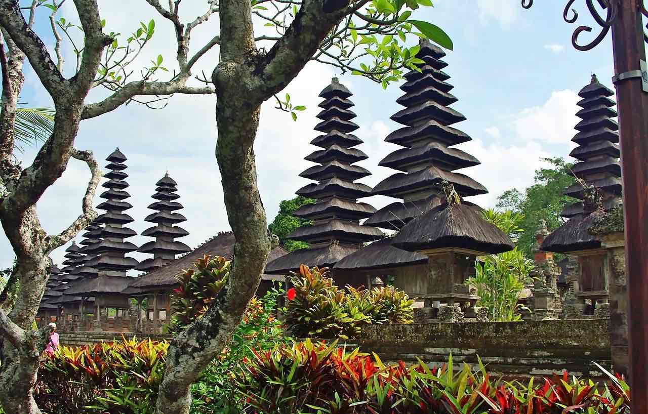 Temples At Ubud Bali Indonesia - AspirantSG