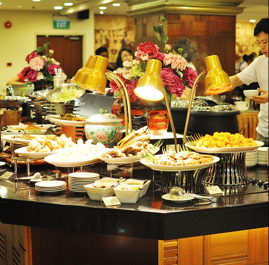 Sun Cafe Hotel Grand Pacific - AspirantSG