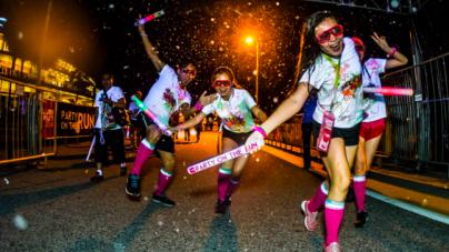 Catch Djs Andrew T & Adrian Wee Spinning At ILLUMI RUN 2015