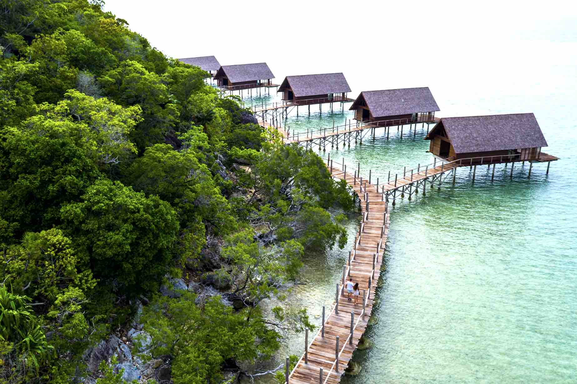 bawah-private-island-indonesia-coastal-walk-aspirantsg