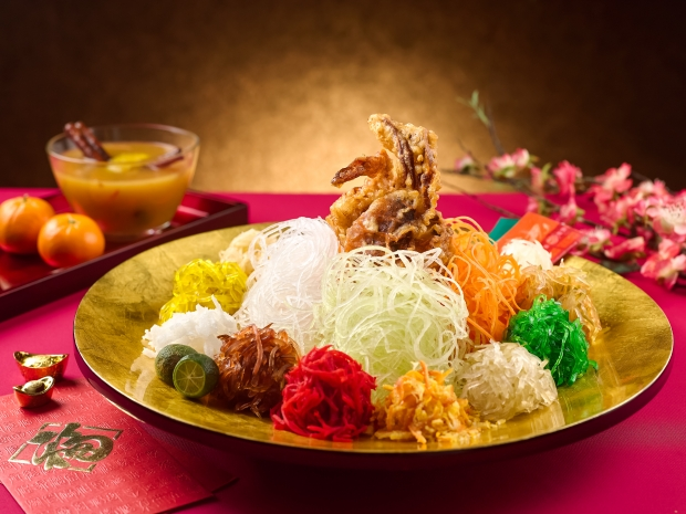 Fruitfull Yusheng with Fruity Sauce Served with Soft-Shell Crab - AspirantSG