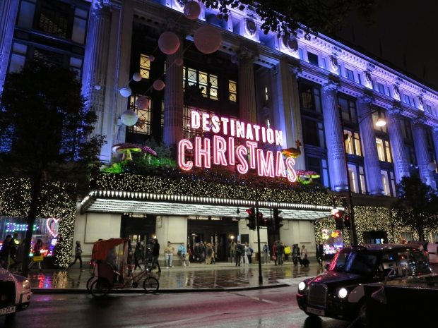Selfridges Christmas Decorations London England - AspirantSG