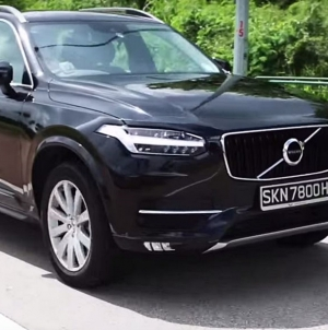 The RAW Review of Volvo's XC90: Fun, Randomness & Laughs!