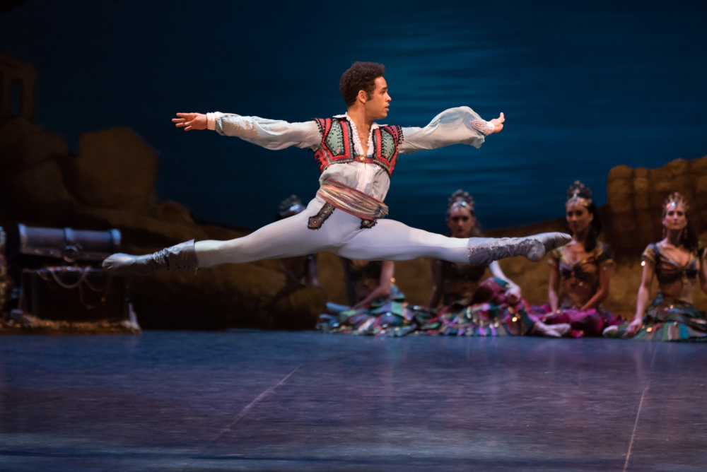 Yonah Acosta as Conrad during English National Ballet's dress rehearsal of Le Corsaire - AspirantSG