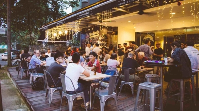Best Craft Beer Bars – Top Beer Hangout Places in Singapore