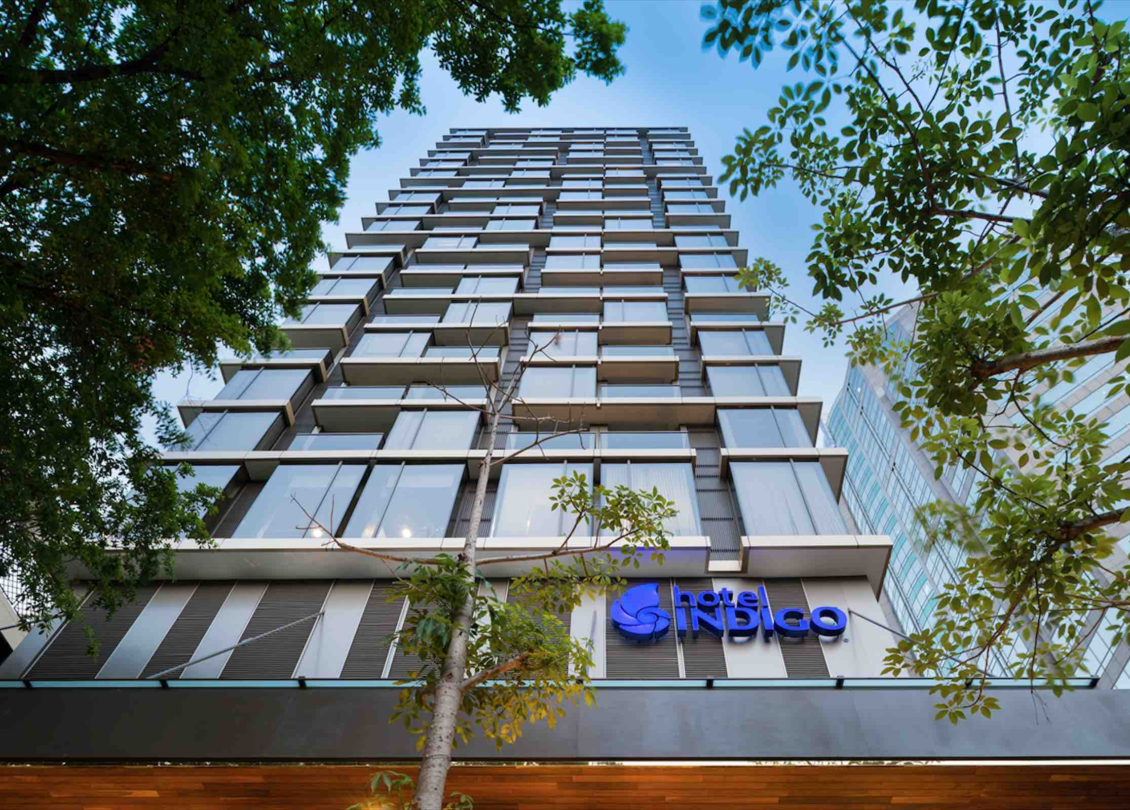 Pursuit sanuk at hotel indigo bangkok with ihg rewards for Hotel bangkok